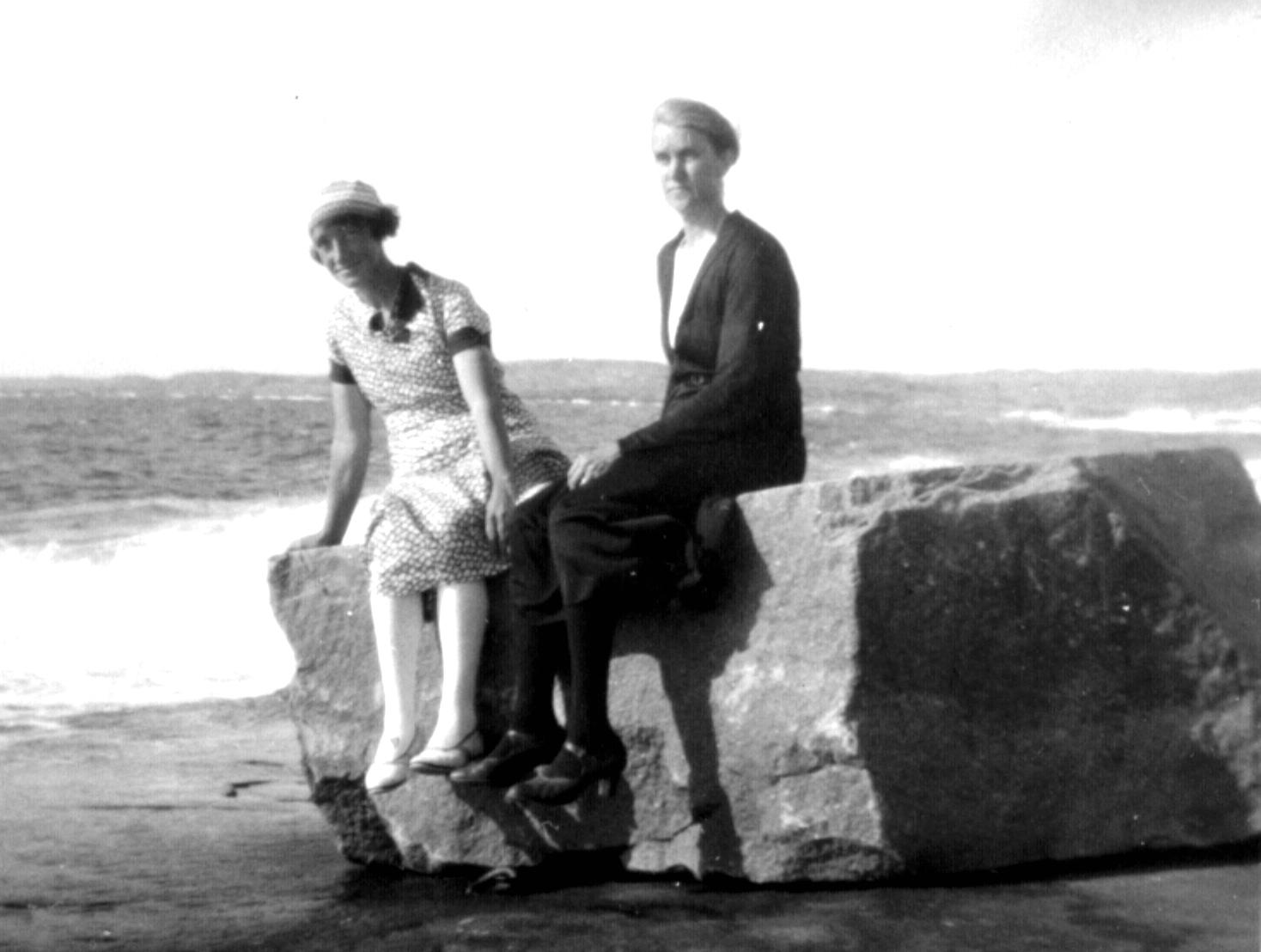 Stenen pV‰ster 1931. V‰ger ca 3 ton. Georg Axelssons kusiner