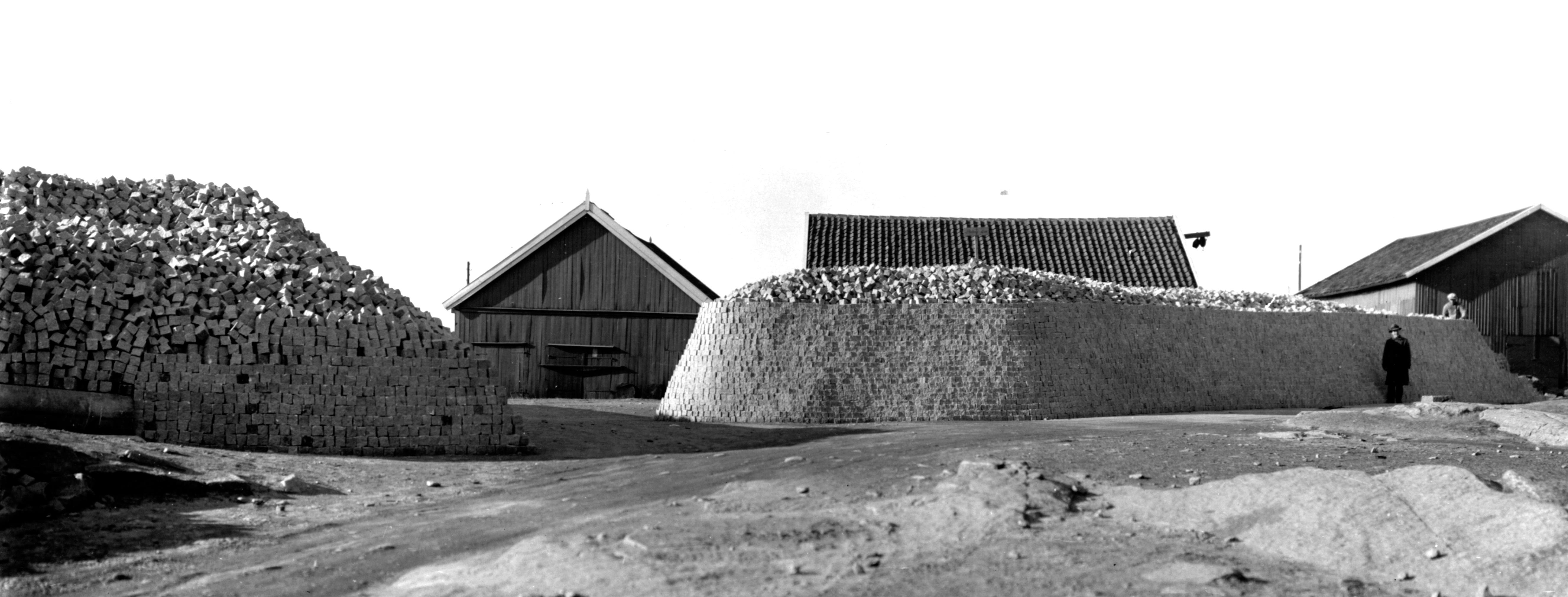 52 1930-talet - Statens upplag av smågatsten. Göta Källare ba